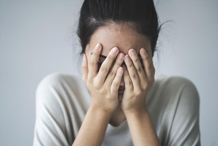 Tak Masak Sarapan Untuk Suami, Wanita Ini Dikurung Dalam Rumahnya