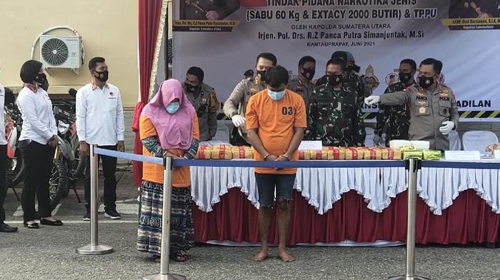 Tersangka peredaran sabu 60 kg di Labuhanbatu Sumut (Foto: Ahmad Fauzi Manik/detikcom)