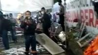 Kursi-Meja Berserakan Imbas Warga Madura Rusak Pos Penyekatan Suramadu