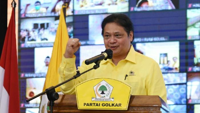 Ketua Umum DPP Partai Golkar Airlangga Hartarto memberikan arahan terkait strategi untuk pemenangan Pileg, Pilpres dan Pilkada 2024 kepada para pengurus daerah dan kader se-Jawa Tengah di Hotel Alana Colomadu kemarin. Ia menginginkan agar Partai Golkar jadi nomer satu.