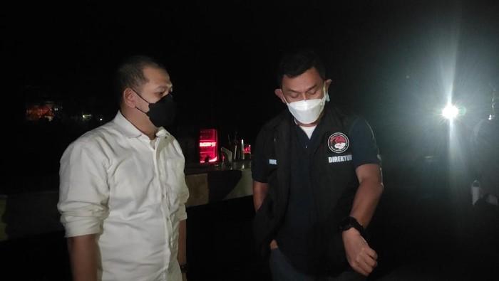 Ditres Narkoba Polda Metro Jaya menggelar razia prokes
