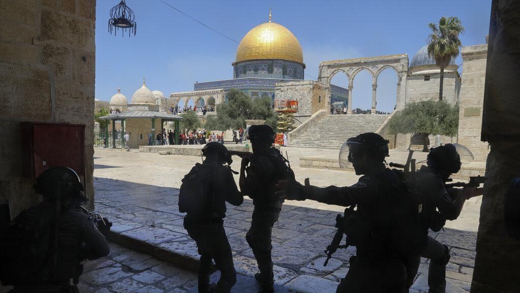 Keterlaluan Ulah Israel saat Jemaah Palestina di Al-Aqsa Dibubarkan