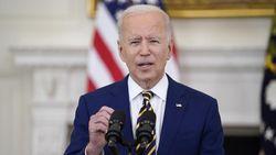 Joe Biden Perpanjang Izin Tinggal Warga Hong Kong di AS