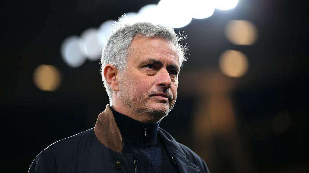 Jose Mourinho Pakai Drone untuk Pantau Pemain AS Roma