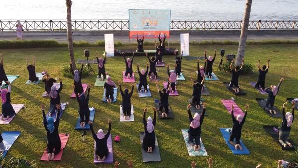 Perkumpulan Praktisi Yoga Nasional Indonesia-Banyuwangi memperingati hari Yoga Internasional yang jatuh pada 21 Juni mendatang dengan tema Berada di Rumah Bersama Yoga.
