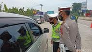 Wisatawan Terjaring di Exit Tol Soroja Bandung, 2 Orang Reaktif