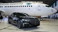 Asyik, Penumpang Garuda Kini Bisa Diantar Jemput Mobil Mewah