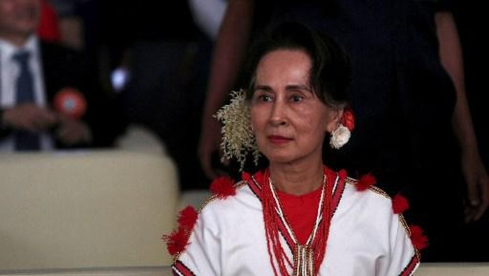 Myanmar State Counsellor Aung San Su Kyi attends the Myanmar Ethnics Culture Festival in Yangon on February 1, 2020. (Photo by Sai Aung Main / AFP)