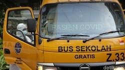 Kasus COVID-19 di Ibu Kota terus bertambah. Berdasarkan data yang dilaporkan Satgas COVID-19, kasus COVID-19 di Jakarta hari ini tembus 5.582 kasus.