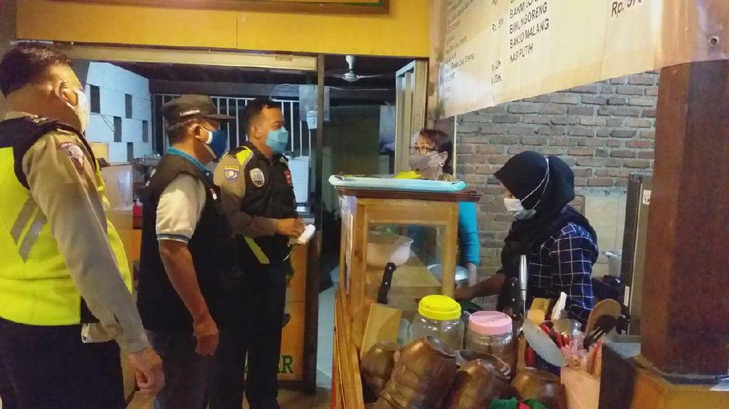 Operasi Yustisi di Sawangan Depok, 2 Orang Reaktif Corona