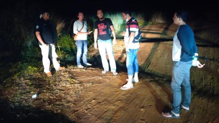 Polisi olah TKP kasus begal di Sukabumi