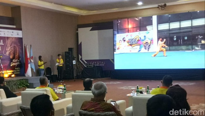 Suasana Sirkuit Nasional Wushu Taolu 2021 Tahap II secara Virtual di Yogyakarta. Ketua Umum Wushu Indonesia Airlangga Hartarto sempat memberikan keterangan secara daring.