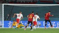 Spanyol Diimbangi Polandia, Rodri: Bolanya Tidak Mau Masuk ke Gawang