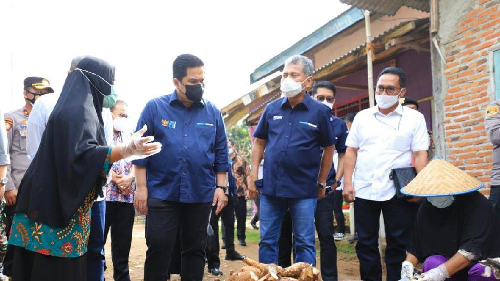 Dirut BRI & Menteri BUMN Serap Aspirasi Pelaku UMKM Tiwul di Lampung