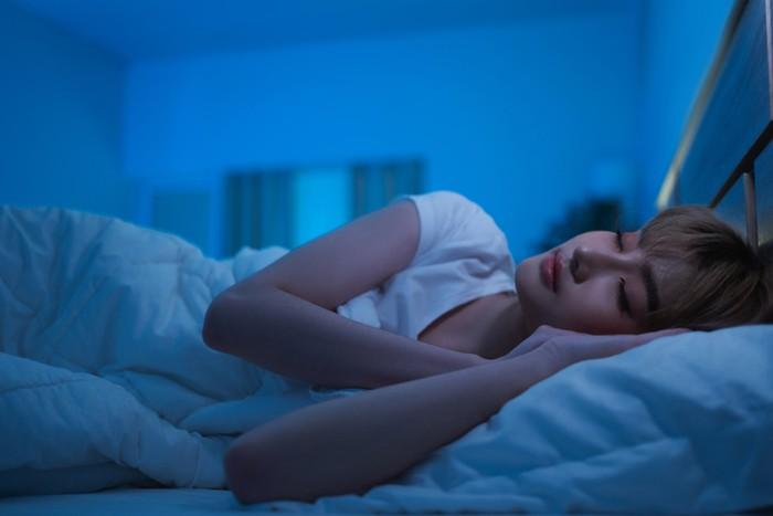 8 Makanan dan Minuman yang Bikin Kamu Tidur Nyenyak
