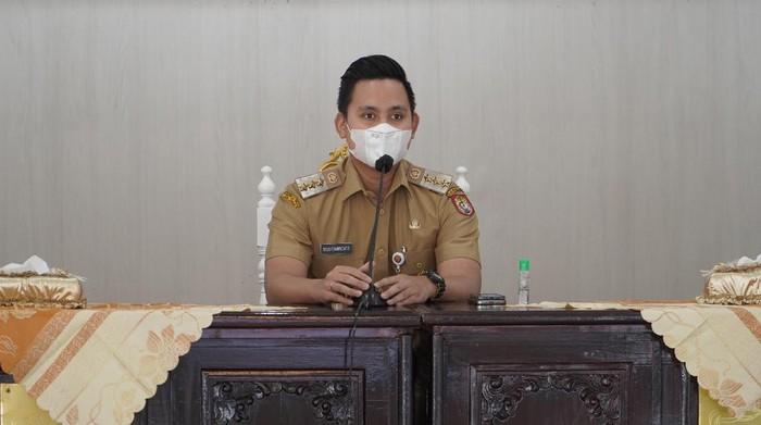 Melonjaknya kasus aktif COVID-19 di Jawa Tengah, membuat Bupati Dico Ganinduto mengambil langkah cepat dan strategis untuk mencegah penyebaran.