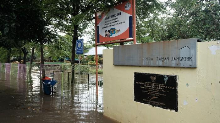 RPTRA Taman Jangkrik Jaksel Terendam (Foto: Andhika/detikcom)