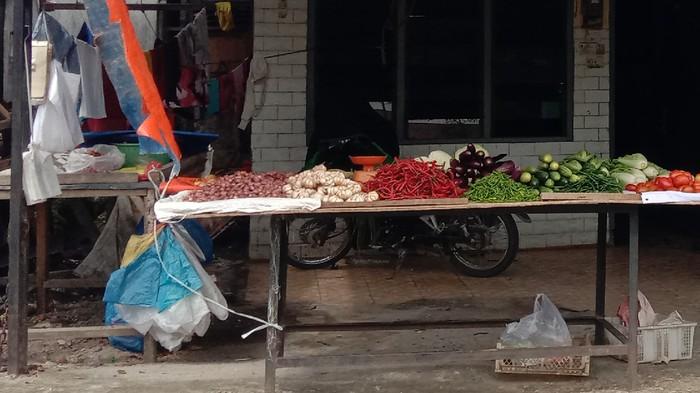 Salah satu kedai sampah di Medan (Ahmad Arfah-detikcom)