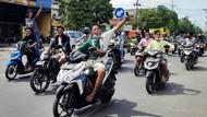 Sebagian Pendemo Nekat Tak Bermasker-Berhelm Saat Menuju Balai Kota Surabaya