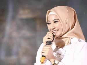Gaya Glenca Chysara Si Antagonis di Ikatan Cinta Pakai Hijab, Bikin Pangling