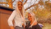 Foto: Penampakan Wanita yang Tingginya 190 Cm, Dulu di-Bully Kini Jadi Sensasi