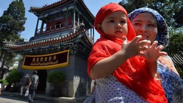 Masjid Niujie mampu menampung seribu orang dam merupakan pusat komunitas umat Islam di Beijing, yang jumlahnya mencapai 250 ribu jiwa. (AFP)