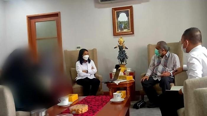 menteri pppa bertemu komnas pa dan korban SPI