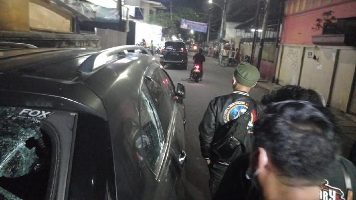 Polisi olah TKP penembakan di Taman Sari Jakbar