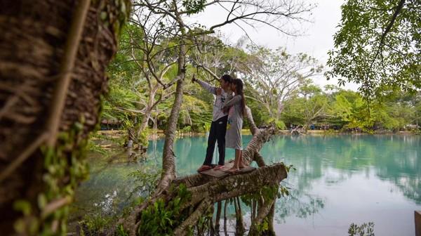 Menteri Pariwisata dan Ekonomi Kreatif Sandiaga Salahudin Uno mengatakan kebangkitan pariwisata dimulai dari desa wisata yang banyak dikembangkan masyarakat, untuk mendongkrak pariwisata pada masa pandemi COVID-19.