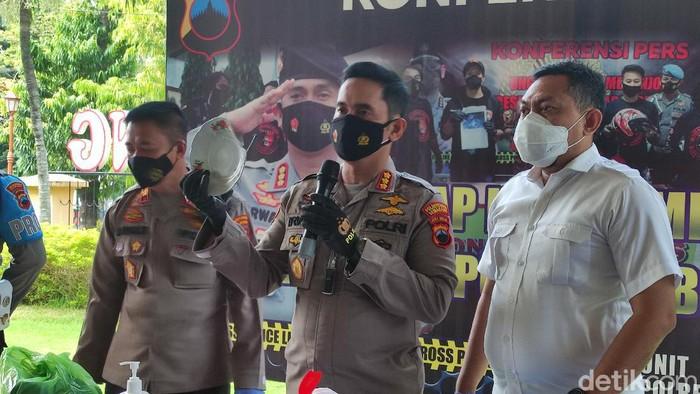 Kapolrestabes Semarang Kombes Irwan Anwar jumpa pers kasus pembunuhan, Rabu (23/6/2021).