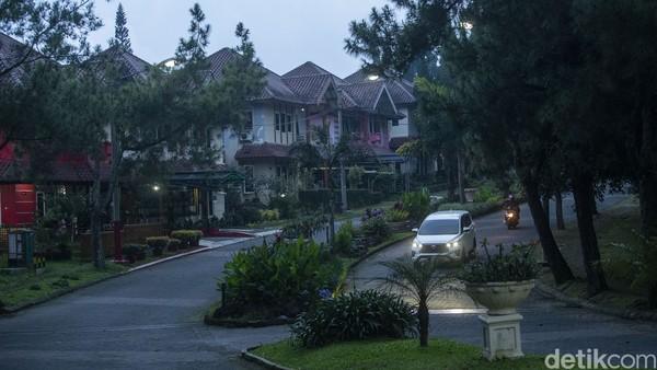 Fenomena kawin kontrak di Cipanas, Cianjur bukan isapan jempol. Kampung itu kini sepi turis Arab, sebagai pelaku kawin kontrak, terimbas pandemi virus Corona.