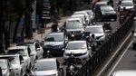 Rapid Antigen Drive Thru di Bandung Bikin Macet