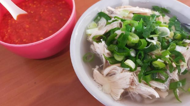 Sahoun Ayam Pak Karmin di Purwokerto