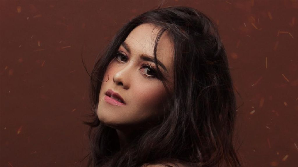 Sendy Coba Masuk Dunia Musik Lewat Kisah dalam Hati