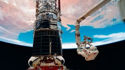Ini Teleskop Antariksa Hubble yang Rusak dan Bikin Panik NASA