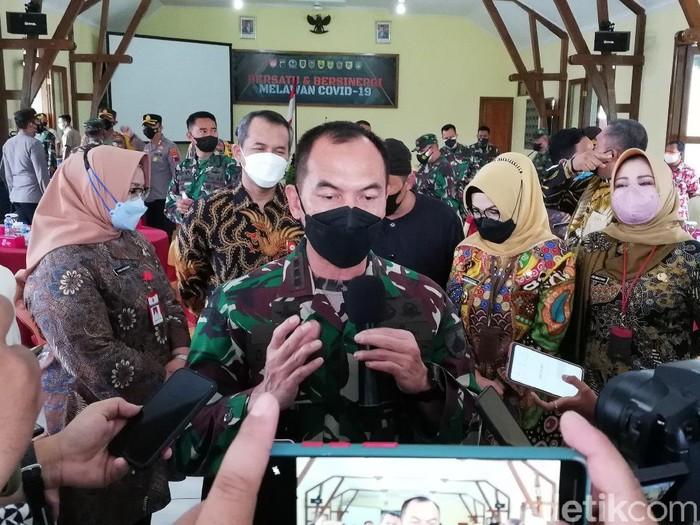 Danrem 074/Warastratama, Surakarta, Kolonel Inf Deddy Suryadi, Kamis (24/6/2021).