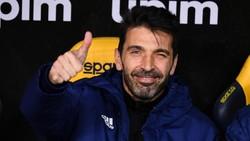 Buffon Menolak Barcelona