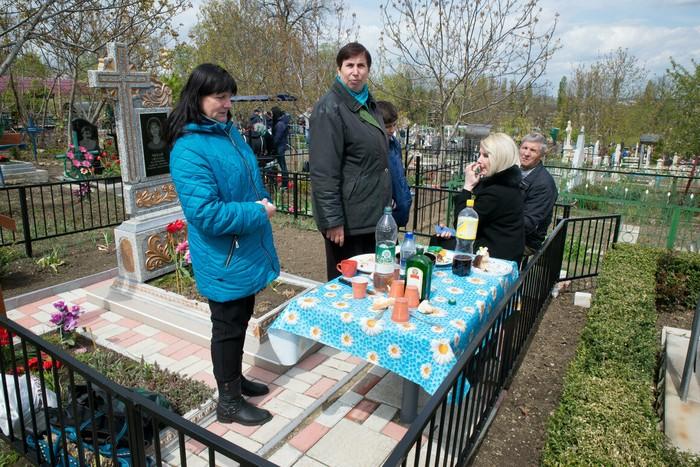 Gokil! Pemakaman Ini Konsepnya Kebun Sayur yang Bisa Dipetik Langsung