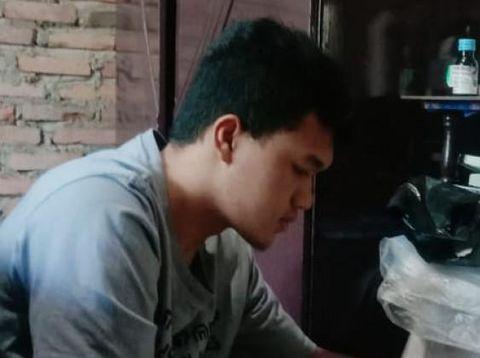 Kisah Alfin, Anak Tukang Las yang Masuk Teknik UGM Tanpa Tes