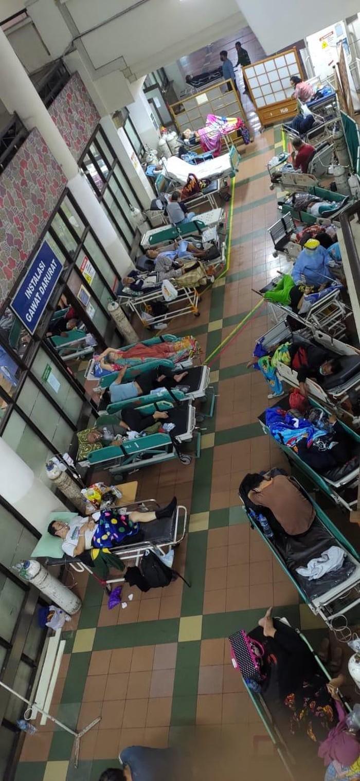 Manajemen RSHS Bandung jelaskan soal foto pasien IGD tak tertampung