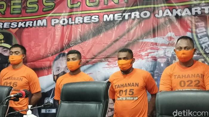 Tersangka penembakan pelajar di Taman Sari, Jakarta Barat (Karin/detikcom)