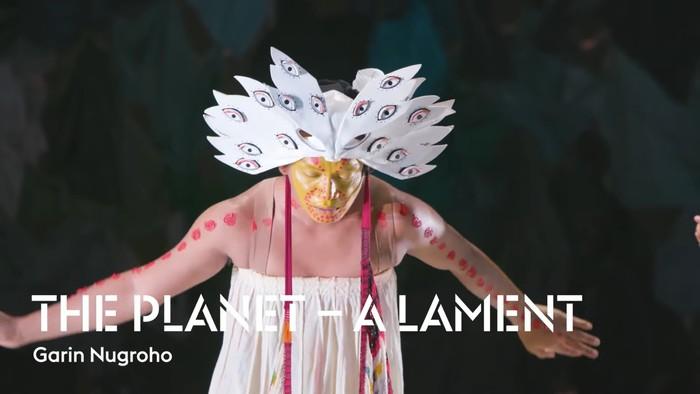 Garin Nugroho tampilkan The Planet – A Lament di Holland Festival 2021.