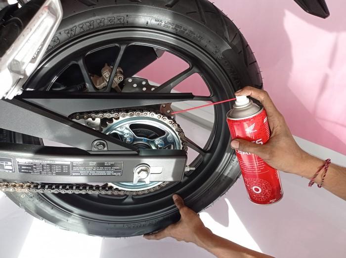 Tips merawat rantai sepeda motor
