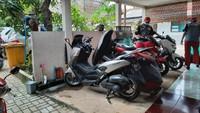 Tips Ringan Rawat Sepeda Motor di Rumah