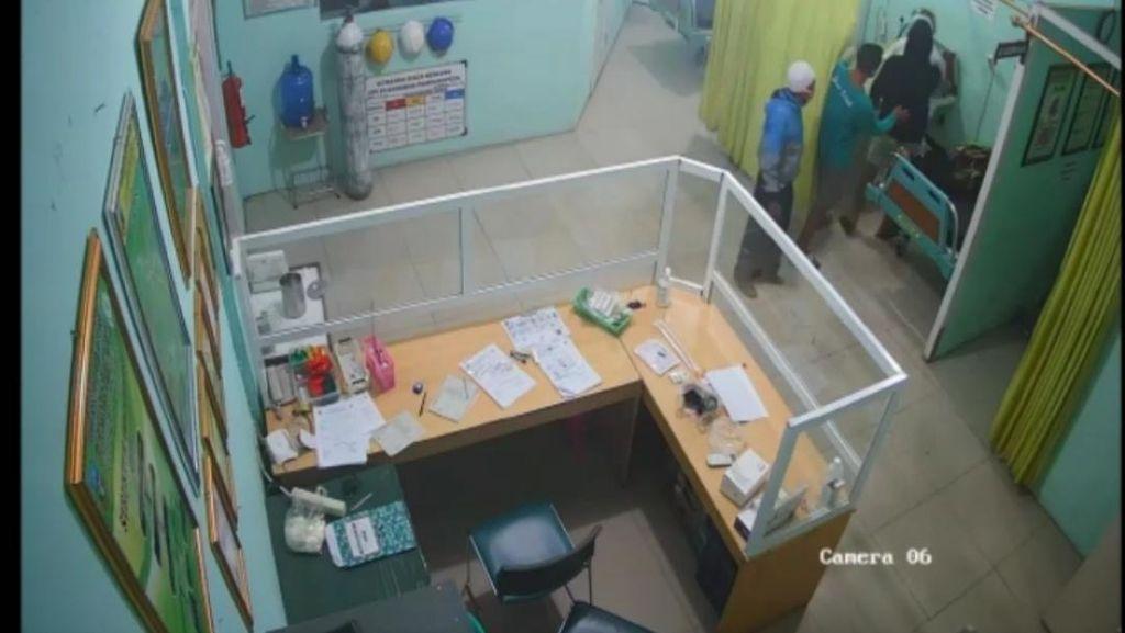 Geger Perawat di Garut Dipukul Keluarga Pasien Gegara Hazmat