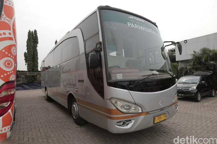 Weha One Luxury Bus, bus mewah yang dimiliki oleh perusahaan bus pariwisata White Horse Group