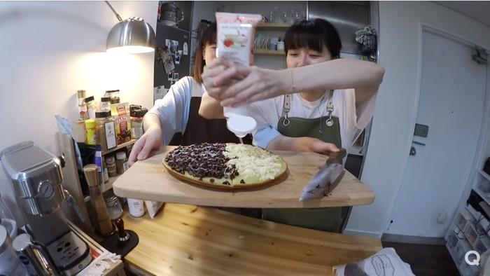 YouTuber Korea Masak Makanan Indonesia Seharian Penuh