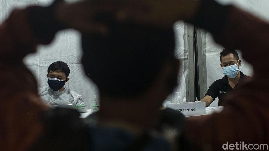 Corona Mengganas, Polisi Gelar Vaksinasi Keliling Gratis