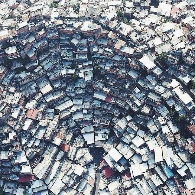 fotoinet urban hell