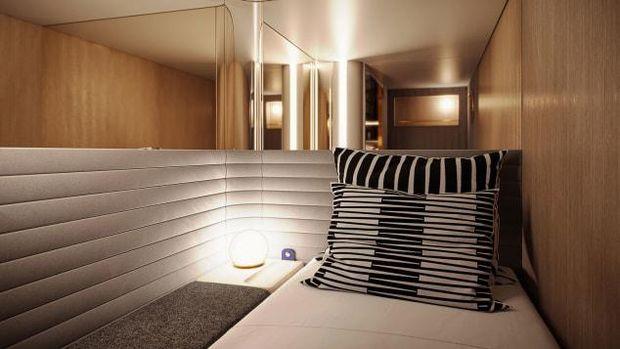 Asyik, Traveler bisa nginep di Hotel di Atas Rel